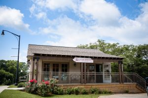 historic building used for photography in Powder Springs, GA